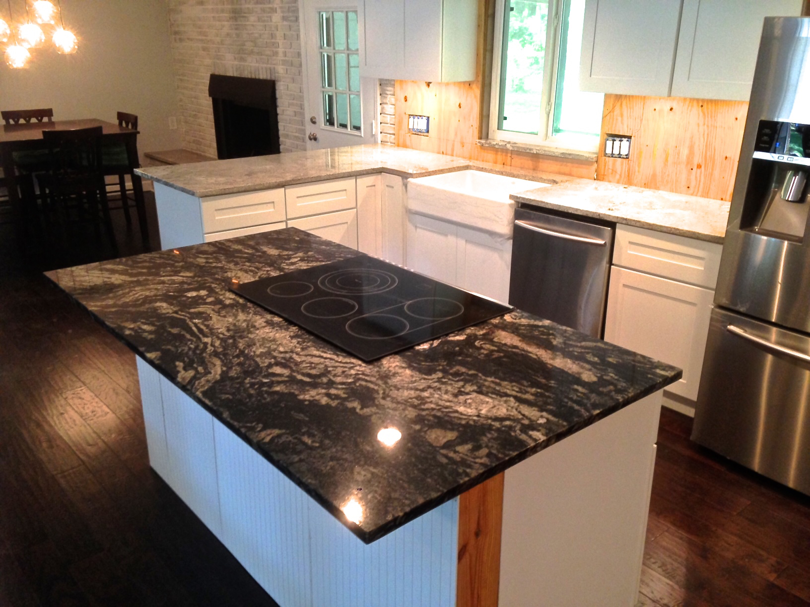 Black Granite Kitchen Countertops : ... farmhouse sink, and Indian Black granite countertop for the island