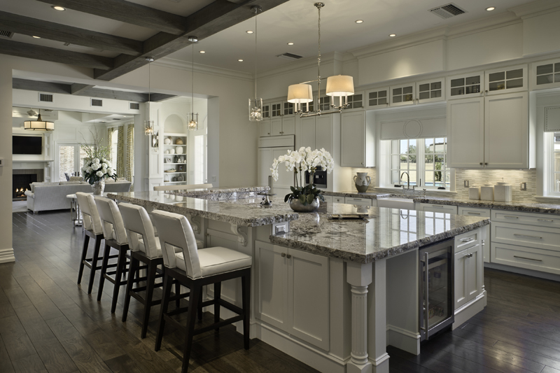 2014 parade of homes award winning granite kitchen for Kitchen designs by decor winnipeg